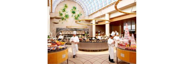 http://images.getcardable.com/sg/images/es/chihuly-lounge-the-ritz-carlton-millenia-singapore.jpg
