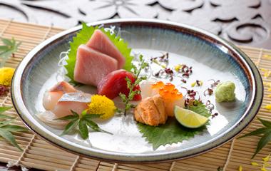 http://images.getcardable.com/sg/images/es/fukusen-japanese-restaurant.jpg