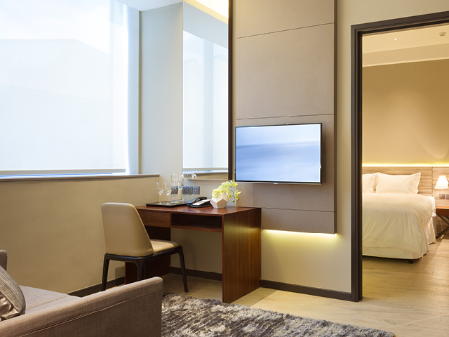 http://images.getcardable.com/sg/images/es/louis-kienne-serviced-residences-havelock.jpg