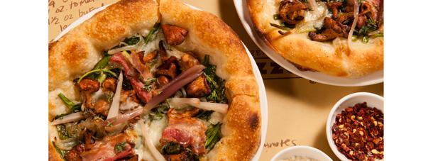 http://images.getcardable.com/sg/images/es/marina-bay-sands-pizzeria-mozza.jpg