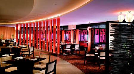 http://images.getcardable.com/sg/images/es/szechuan-court-fairmont-singapore.jpg
